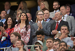 LIVERPOOL, ENGLAND - Friday, August 9, 2019: Liverpool's owner John W. Henry (C) with wife Linda Pizzuti (L) and chief executive officer Peter Moore (R) during the opening FA Premier League match of the season between Liverpool FC and Norwich City FC at Anfield. (Pic by David Rawcliffe/Propaganda)