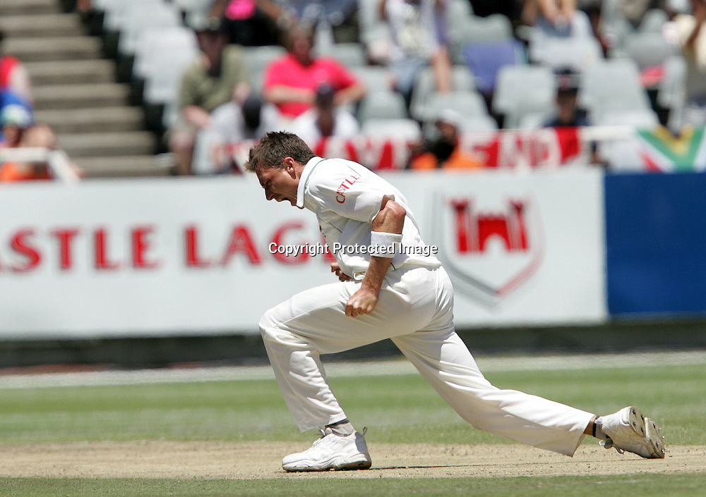 Dale Steyn celebrates the wicket of Kevin Pietersen during the 2nd day of the third test match between South Africa and England held at Newlands Cricket Ground in Cape Town on the 4th January 2010.Photo by: Ron Gaunt/ SPORTZPICS