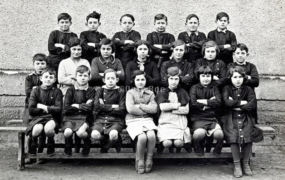 school class group portrait 1910s France