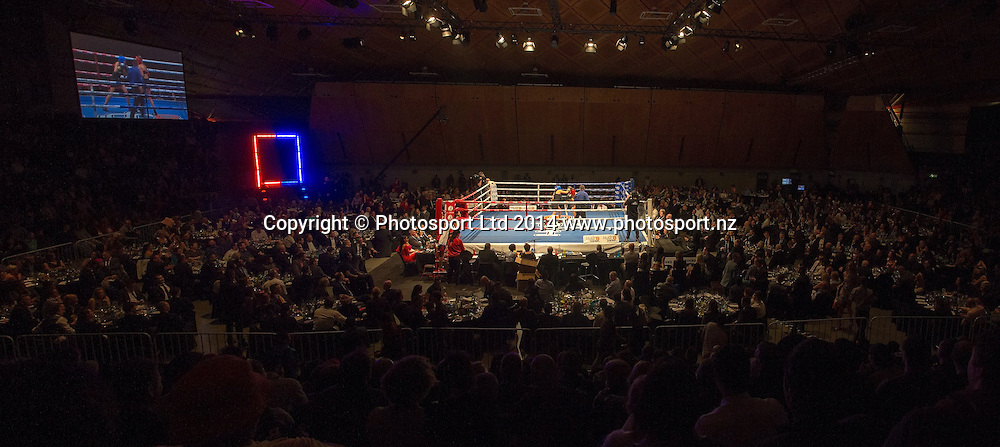 Jade Louise (The GC), fights DJ Tuini at the Hydr8 Zero Heavyweight Explosion, Vodafone Events Centre, Auckland, New Zealand, Saturday, July 05, 2014. Photo: David Rowland/Photosport