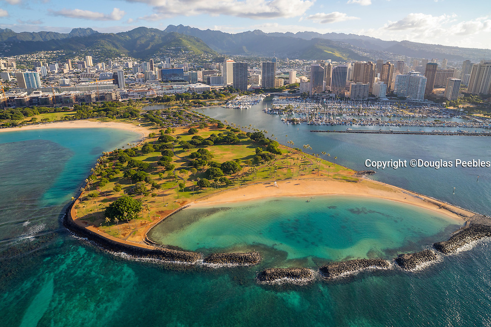 Magic Island, Ala Moana Beach Park, Oahu, Hawaii