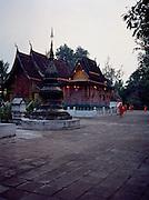 Early morning at Wat Xieng Thong.