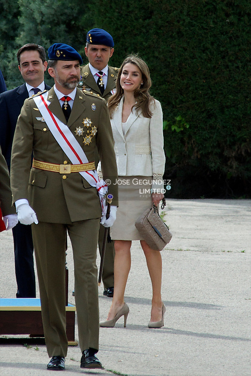 Prince Felipe of Spain and Princess Letizia of Spain attend the Oath of Allegiance of the Royal Guards at El Pardo Palace on May 10, 2013 in Madrid, Spain.