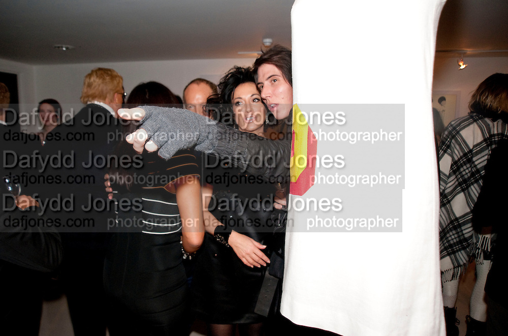 NANCY DELL D'OLIO; BEN CHARLES-EDWARDS,  My favorite dress book launch hosted by Susy Menkes and Zandra Rhodes. Fashion Museum. London. In Support of Save the Children. 11 January 2010
