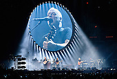 DAVID GILMOUR, RATTLE THAT LOCK WORLD TOUR 2016 @ MADISON SQUARE GARDEN