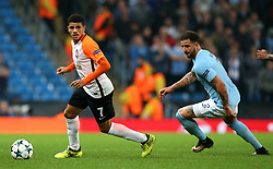 Taison of Shakhtar Donetsk and Kyle Walker of Manchester City - Mandatory by-line: Matt McNulty/JMP - 26/09/2017 - FOOTBALL - Etihad Stadium - Manchester, England - Manchester City v Shakhtar Donetsk - UEFA Champions League Group stage - Group F