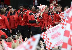 Bristol City's Mark Little with the Sky Bet League One Trophy - Photo mandatory by-line: Dougie Allward/JMP - Mobile: 07966 386802 - 04/05/2015 - SPORT - Football - Bristol -  - Bristol City Celebration Tour