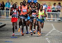Wilson Kipsang en route to his win in the Elite Men's race<br /> The Virgin Money London Marathon 2014<br /> 13 April 2014<br /> Photo: Javier Garcia/Virgin Money London Marathon<br /> media@london-marathon.co.uk