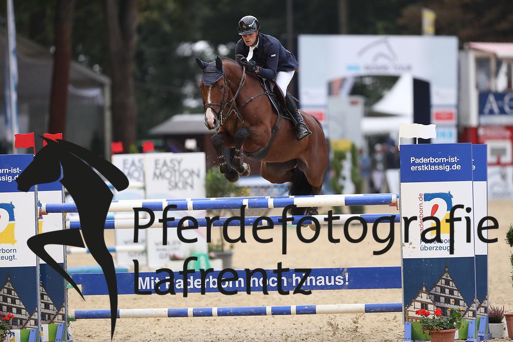 Lill, Maximilian (GER) Fein Umbra<br /> Paderborn - Paderborn Challenge 2016<br /> © www.sportfotos-lafrentz.de
