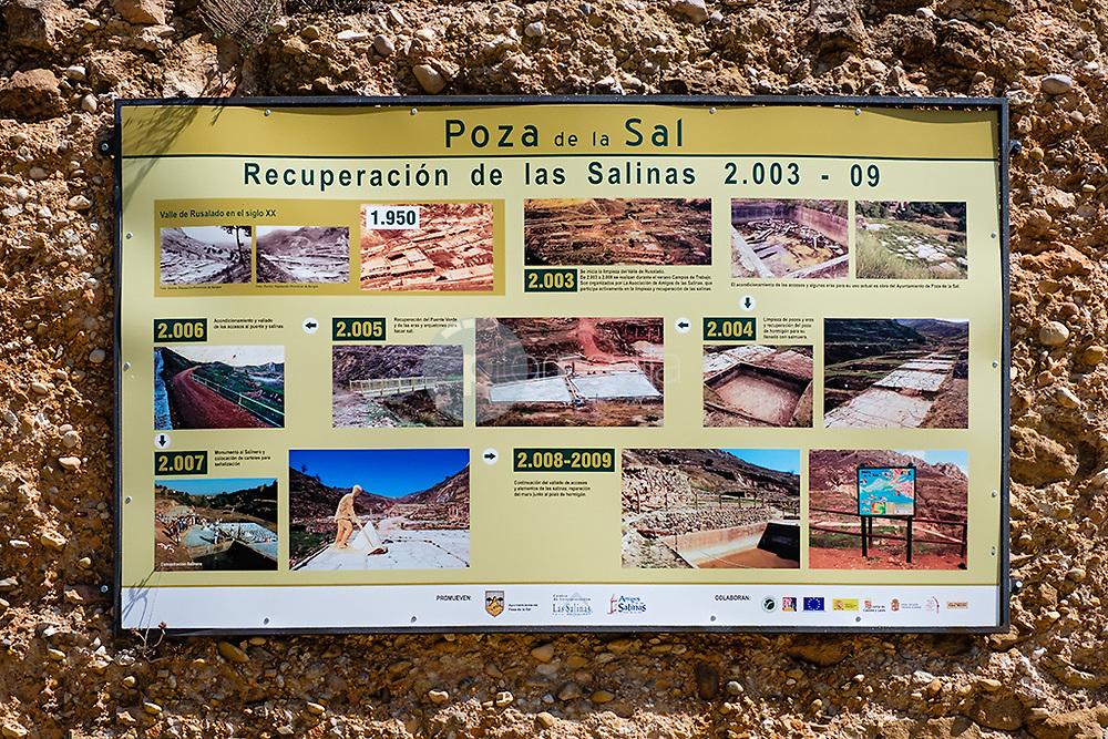 Las Salinas. ( Poza de la Sal ) ©© Javier I. Sanchís / PILAR REVILLA