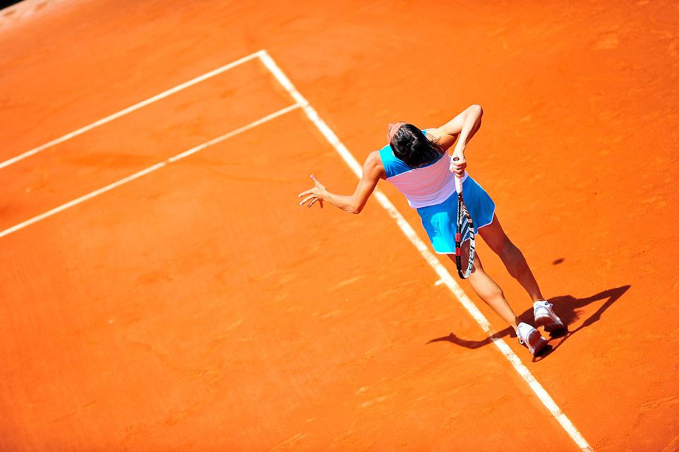 Francesca Schiavone face à Varvara Lepchenko lors des Internationaux de France de Tennis, le 02 juin 2012 porte d'Auteuil.