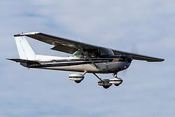 Cessna 152 (N48849) on approach to Palo Alto Airport (KPAO), Palo Alto, California, United States of America