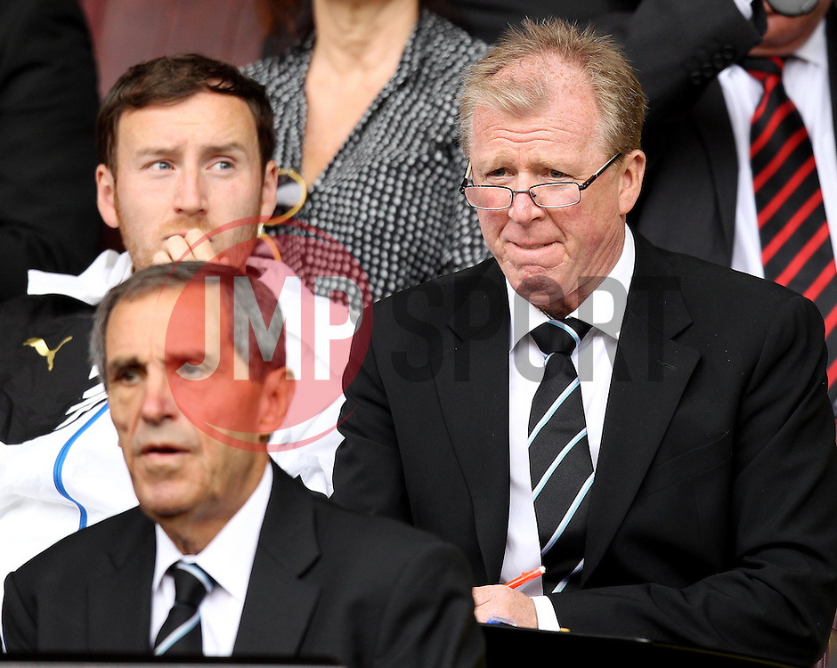 Newcastle United manager Steve McClaren - Mandatory by-line: Robbie Stephenson/JMP - 26/07/2015 - SPORT - FOOTBALL - Sheffield,England - Bramall Lane - Sheffield United v Newcastle United - Pre-Season Friendly