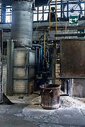 "Italy, Veneto, Canton, glassblowing factory ""Vetrofond"" producing lamps for Foscarini"