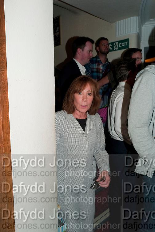 ZOE WANNAMAKER, Press night for Ruby Wax- Losing it. Duchess theatre. London. 1 September 2011. <br /> <br />  , -DO NOT ARCHIVE-© Copyright Photograph by Dafydd Jones. 248 Clapham Rd. London SW9 0PZ. Tel 0207 820 0771. www.dafjones.com.