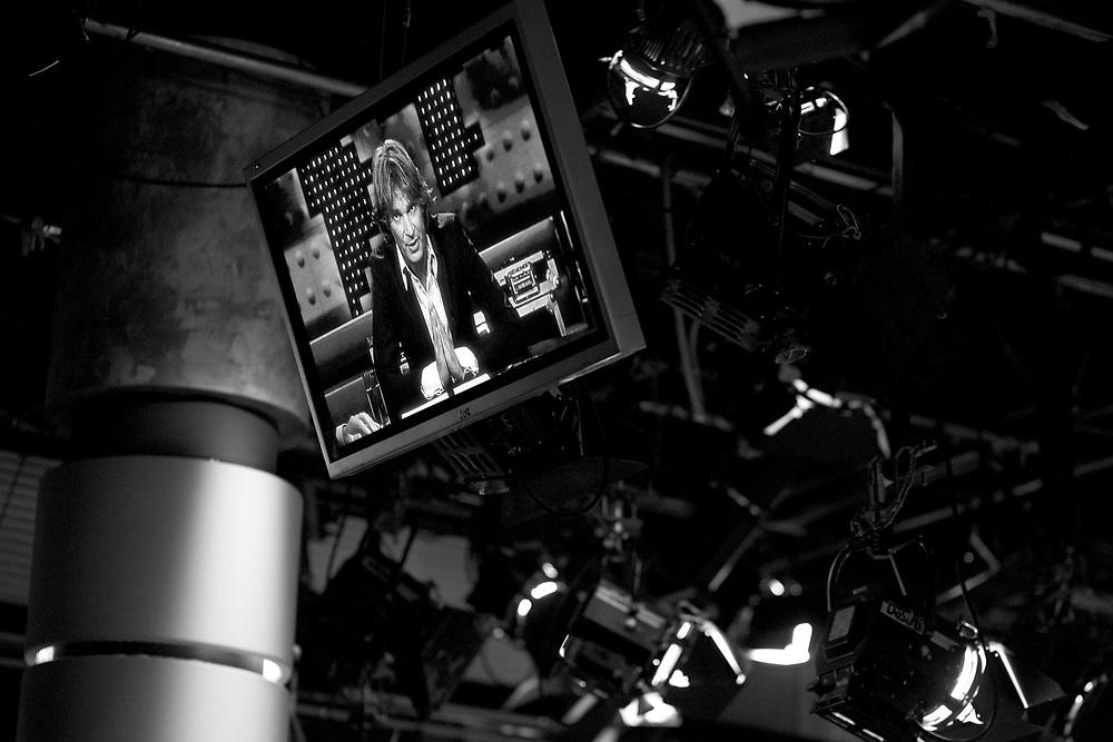 Dutch talkshow host Matthijs van Nieuwkerk seen on a monitor in the studio of talkshow 'De Wereld draait Door' in Amsterdam // Beeld van presentator Matthijs van Nieuwkerk op een monitor in de studio van De Wereld Draait Door.