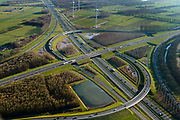 Nederland, Utrecht, Nieuwegein, 07-02-2018; Knooppunt Everdingen, aansluiting A27 (links naar rechts) en A2. Gedeeltelijk turbineknooppunt.<br /> Everdingen junction between motorway A2 en A27.<br /> <br /> luchtfoto (toeslag op standard tarieven);<br /> aerial photo (additional fee required);<br /> copyright foto/photo Siebe Swart