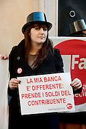 Roma 25 Gennaio 2013.La vostra banca non la paghiamo.Manifestazione  di  Fare per Fermare il declino, davanti alla sede del Partito Democratico in Largo del Nazareno, sulla vicenda del Monte dei Paschi di Siena..