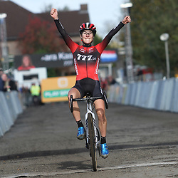 27-10-2019: Wielrennen: Superprestige Veldrijden:Yara Kastelijn wint in Gavere voor Alice Maria Arzuffi en Ceylin Alvarado