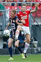 ALKMAAR - 23-08-15, AZ - Willem II, AFAS Stadion, 0-0, Willem II speler Robert Braber (l), AZ speler Mattias Johansson (r).