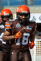 KELOWNA, CANADA - SEPTEMBER 16: Wide receiver Malcolm Miller #18 of the Okanagan Sun runs to the field against the Vancouver Island Raiders on September 16, 2018, at the Apple Bowl, in Kelowna, British Columbia, Canada.  (Photo by Marissa Baecker/Shoot the Breeze)  *** Local Caption ***