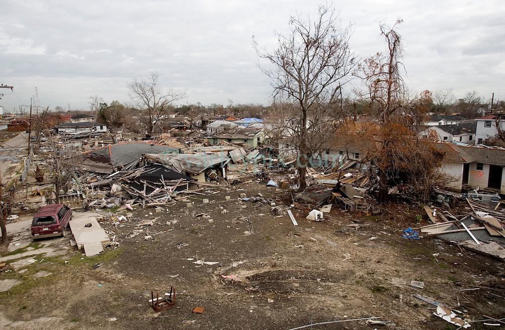 16 Jan, 2006. The Lower Ninth Ward, New Orleans, Louisiana. Post Katrina.<br /> View from the Industrial canal bridge. Over four and a half months have passed since the storm and still the land lies in ruins.<br /> Photo; Charlie Varley/varleypix.com