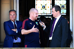 Burnley Manager Sean Dyche and club chairman Mike Garlick speak with Alastair Campbell- Mandatory by-line: Matt McNulty/JMP - 09/05/2016 - FOOTBALL - Burnley Town Hall - Burnley, England - Burnley FC Championship Trophy Presentation