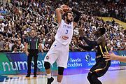 DESCRIZIONE : Berlino Berlin Eurobasket 2015 Group B Germany Germania - Italia Italy<br /> GIOCATORE : Marco Bellinelli<br /> CATEGORIA : Passaggio Penetrazione<br /> SQUADRA : Italia Italy<br /> EVENTO : Eurobasket 2015 Group B<br /> GARA : Germany Italy - Germania Italia<br /> DATA : 09/09/2015<br /> SPORT : Pallacanestro<br /> AUTORE : Agenzia Ciamillo-Castoria/GiulioCiamillo