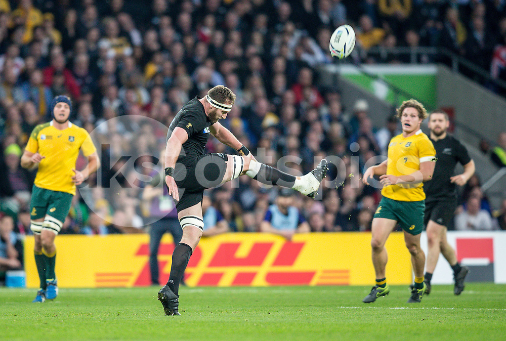 Kieran Read of New Zealand during the Rugby World Cup Final match between New Zealand and Australia played at Twickenham Stadium, London on the 31st of October 2015. Photo by Liam McAvoy