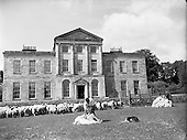 1960-09/06 Sheepshearing at Charleville House