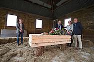Foto: Gerrit de Heus. Schiedam. 01-06-2016. Proefuitvaart georganiseerd door Jan Vink Afscheid & Uitvaart