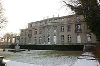 15 JAN 2002, BERLIN/GERMANY:<br /> Gedenk- und Bildungsstaette Haus der Wannsee-Konferenz, Am Grossen Wannsee 56-58, 14109 Berlin<br /> IMAGE: 20020115-01-038