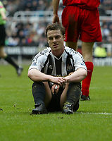 Photo: Andrew Unwin.<br /> Newcastle United v Liverpool. The Barclays Premiership. 19/03/2006.<br /> Newcastle's Scott Parker rues a missed opportunity.