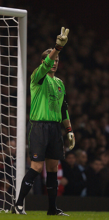 London, England - Tuesday, January 30, 2007: West Ham United's goalkeeper Roy Carroll during the Premiership match against Liverpool at Upton Park. (Pic by David Rawcliffe/Propaganda)