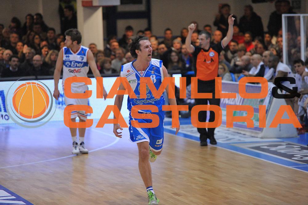 DESCRIZIONE : Brindisi Lega A 2012-13 Enel Brindisi Banco di Sardegna Sassari<br /> GIOCATORE : Devecchi Giacomo<br /> CATEGORIA : Esultanza<br /> SQUADRA : Banco di Sardegna Sassari<br /> EVENTO : Campionato Lega A 2012-2013 <br /> GARA : Enel Brindisi Banco di Sardegna Sassari<br /> DATA : 03/03/2013<br /> SPORT : Pallacanestro <br /> AUTORE : Agenzia Ciamillo-Castoria/V.Tasco<br /> Galleria : Lega Basket A 2012-2013  <br /> Fotonotizia : Brindisi Lega A 2012-13 Enel Brindisi Banco di Sardegna Sassari