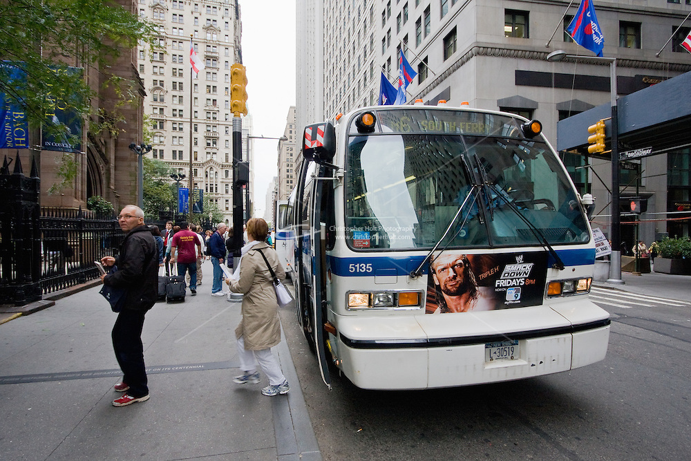 m6 bus in New York October 2008