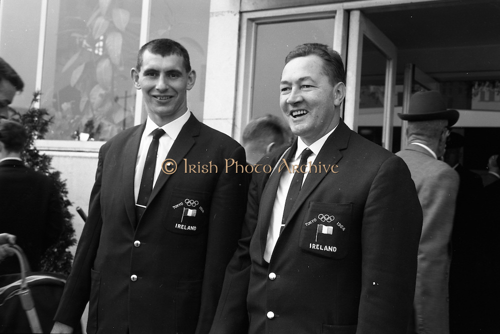 Members of the Irish Olympic team leaves for Amsterdam on the first stage of their journey to Tokyo.  Picture shows John Ryan, Judo and Seamus Kavanagh..04.10.1964