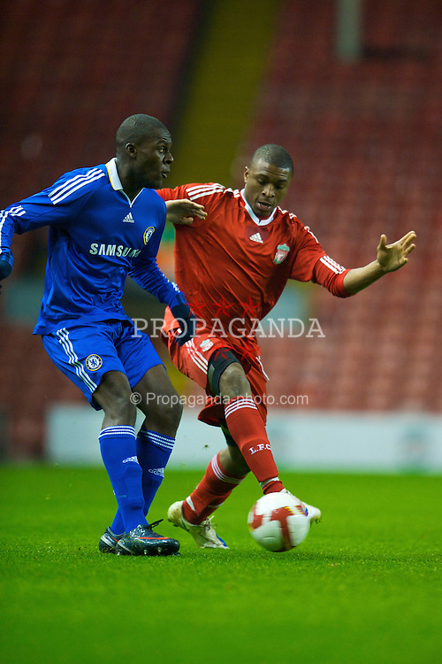 LIVERPOOL, ENGLAND - Thursday, February 5, 2009: Liverpool's David Amoo in action against Chelsea's Frank Nouble during the FA Youth Cup 5th Round match at Anfield. (Mandatory credit: David Rawcliffe/Propaganda)