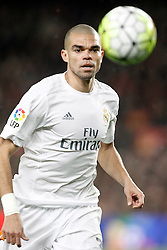02.04.2016, Camp Nou, Barcelona, ESP, Primera Division, FC Barcelona vs Real Madrid, 31. Runde, im Bild Real Madrid's Pepe // during the Spanish Primera Division 31th round match between Athletic Club and Real Madrid at the Camp Nou in Barcelona, Spain on 2016/04/02. EXPA Pictures © 2016, PhotoCredit: EXPA/ Alterphotos/ Acero<br /> <br /> *****ATTENTION - OUT of ESP, SUI*****