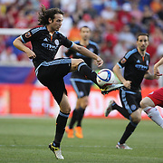 Mix Diskerud, (left), NYCFC, and Dax McCarty, New York Red Bulls, challenge for the ball during the New York Red Bulls Vs NYCFC, MLS regular season match at Red Bull Arena, Harrison, New Jersey. USA. 10th May 2015. Photo Tim Clayton
