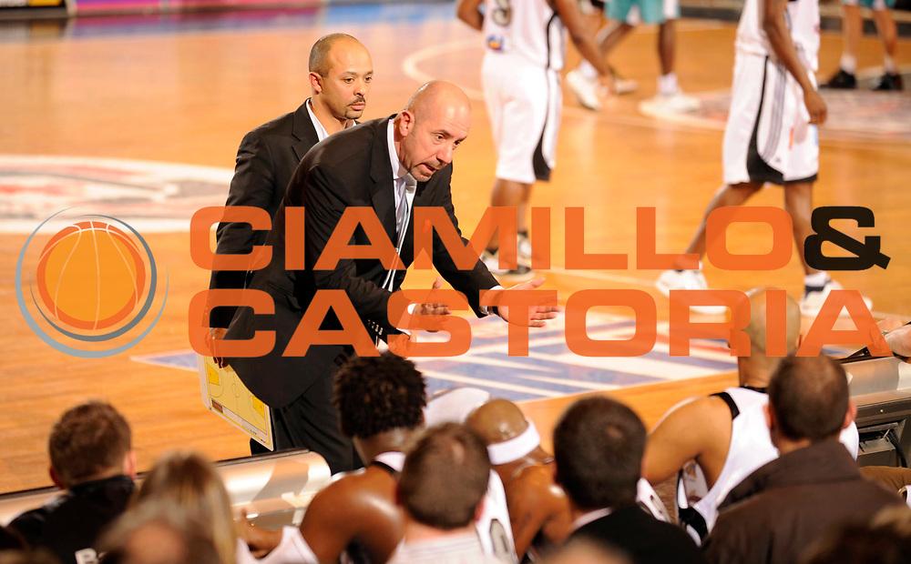 DESCRIZIONE : Ligue France Pro B Limoges Pau <br /> GIOCATORE : Girard Eric Coach<br /> SQUADRA : Limoges<br /> EVENTO : FRANCE Ligue  Pro B 2009-2010<br /> GARA : Limoges Pau<br /> DATA : 29/01/2010<br /> CATEGORIA : Basketball Pro B Action<br /> SPORT : Basketball<br /> AUTORE : JF Molliere par Agenzia Ciamillo-Castoria <br /> Galleria : France Ligue Pro B 2009-2010 <br /> Fotonotizia : France  Ligue France Pro B 2009-2010 Limoges Pau<br /> Predefinita :