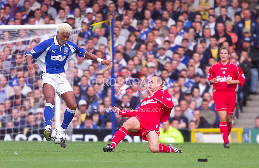 LIVERPOOL, ENGLAND - Saturday, September 15, 2001: Liverpool's Danny Murphy and Everton's Abel Xavior during the Premiership match at Goodison Park. (Pic by David Rawcliffe/Propaganda)