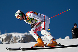 12.12.2010, The Bellevarde race piste, Val D Isere, FRA, FIS World Cup Ski Alpin, Men, Slalom, im Bild PRANGER Manfred AUT  holds his arm after crashing out of the race whilst competing in the FIS alpine skiing world cup slalom race on the Bellevarde race piste Val D'Isere. EXPA Pictures © 2010, PhotoCredit: EXPA/ M. Gunn