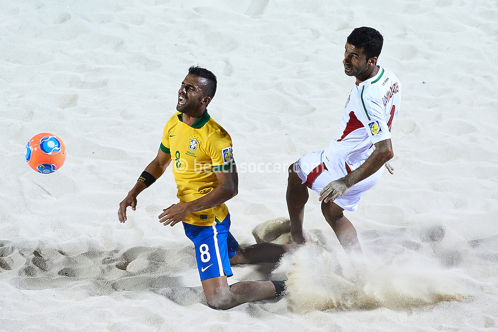 PAPEETE, TAHITI - OCTOBER 19:  FIFA Beach Soccer World Cup Tahiti 2013 between Brasil and Iran at Stadium Tahua To´ata  on October 19, 2013 in Papeete, Tahiti. (Photo by Manuel Queimadelos)