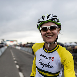 Lisa Jacobs in the Australian colours - still one of the unusual countries in the world of cyclocross.