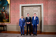 THE HAGUE - Prime Minister Mark Rutte (M) and King Willem-Alexander (R) received the president of the Cape Verde Republic, Jorge Carlos de Almeida Fonseca at the Binnenhof for the government lunch. The Cape Verdean president is in the Netherlands for a two-day state visit. COPYRIGHT ROBIN UTRECHT