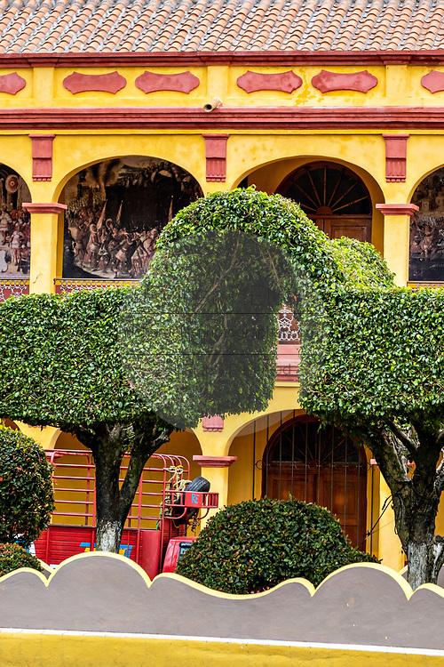 The Museo Tuxtleco viewed from Parque Olmeca in Santiago Tuxtla, Veracruz, Mexico.
