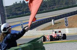01.02.2011, Street Circuit. Jerez, ESP, Formel 1 Test 1 Valencia 2011,  im Bild Red Flag - Fernando Alonso (ESP),  Scuderia Ferrari EXPA Pictures © 2011, PhotoCredit: EXPA/ nph/  Dieter Mathis       ****** out of GER / SWE / CRO  / BEL ******