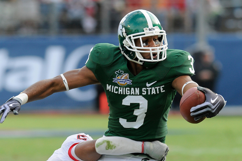 January 1, 2009: B.J. Cunningham of the Michigan State Spartans in action during the NCAA football game between the Michigan State Spartans and the Georgia Bulldogs in the Capital One Bowl. The Bulldogs defeated the Spartans 24-12.