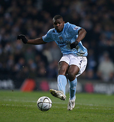 MANCHESTER, ENGLAND - Tuesday, December 18, 2007: Manchester City's Mica Richards in action against Tottenham Hotspur during the League Cup Quarter Final match at the City of Manchester Stadium. (Photo by David Rawcliffe/Propaganda)